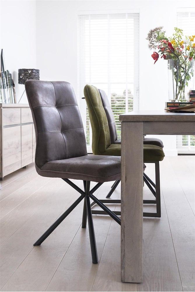 milan leder stuhl f e schwarz henders hazel. Black Bedroom Furniture Sets. Home Design Ideas