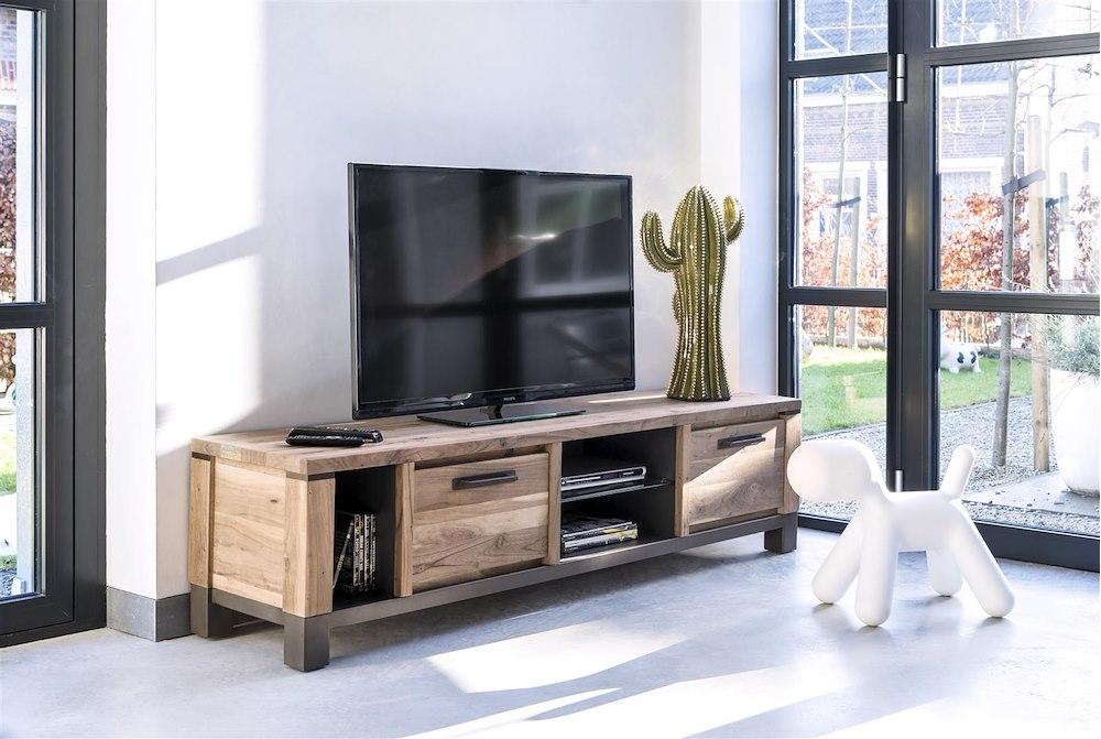 Kiefernholz-Möbel aus Naturholz - Falster Kollektion | Henders & Hazel