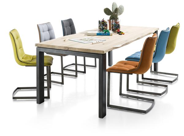 Sfeervolle meubels uit gerookt eikenhout henders hazel for Henders und hazel