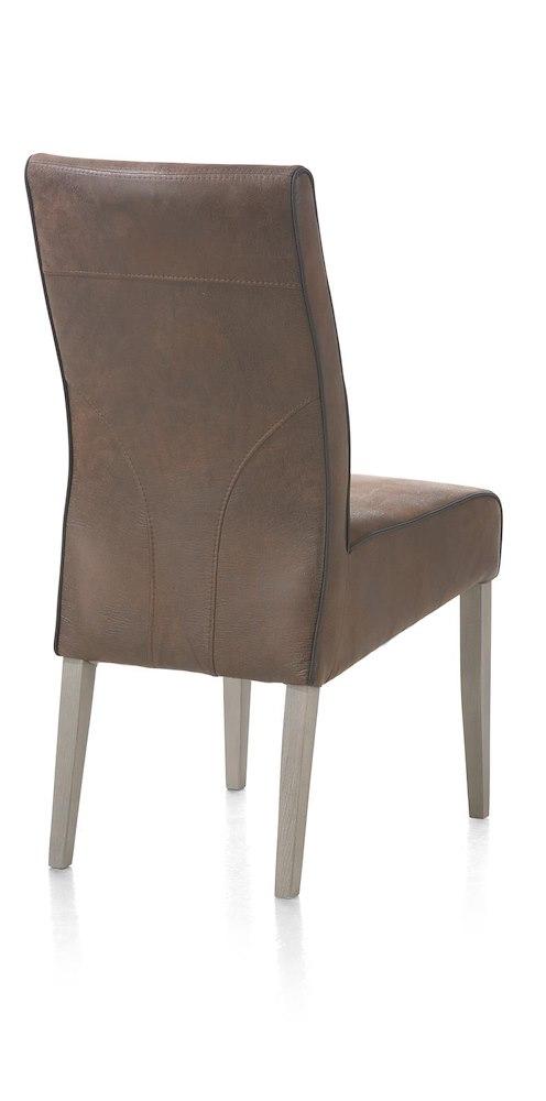 Chaise en cuir pieds en bois evan heth for Chaise cuir pied bois